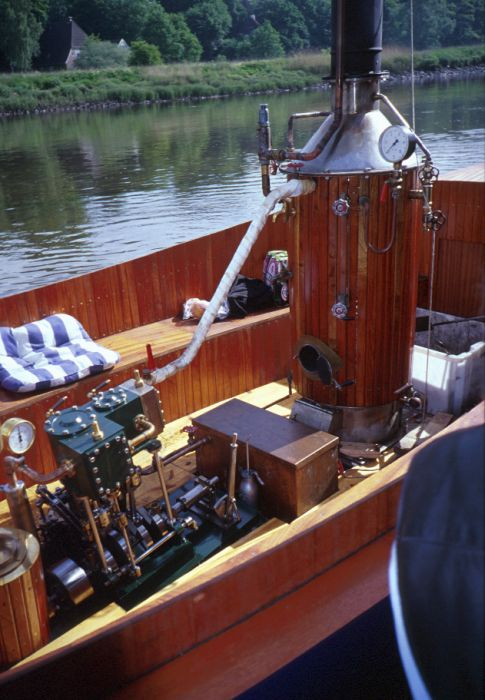Steamboat Heihoo - Picture 3 - taken by Rainer Radow
